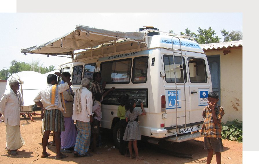 mobile vision vans (2)